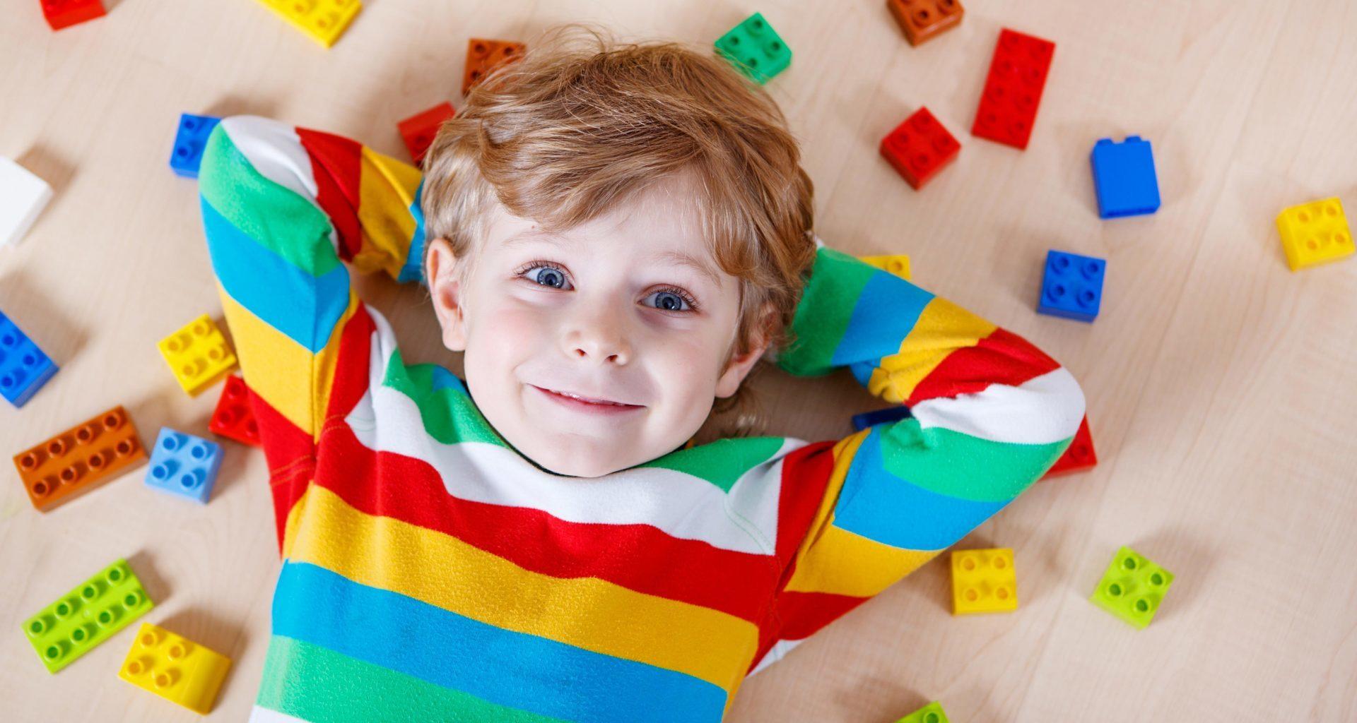 чем занять ребенка во время болезни