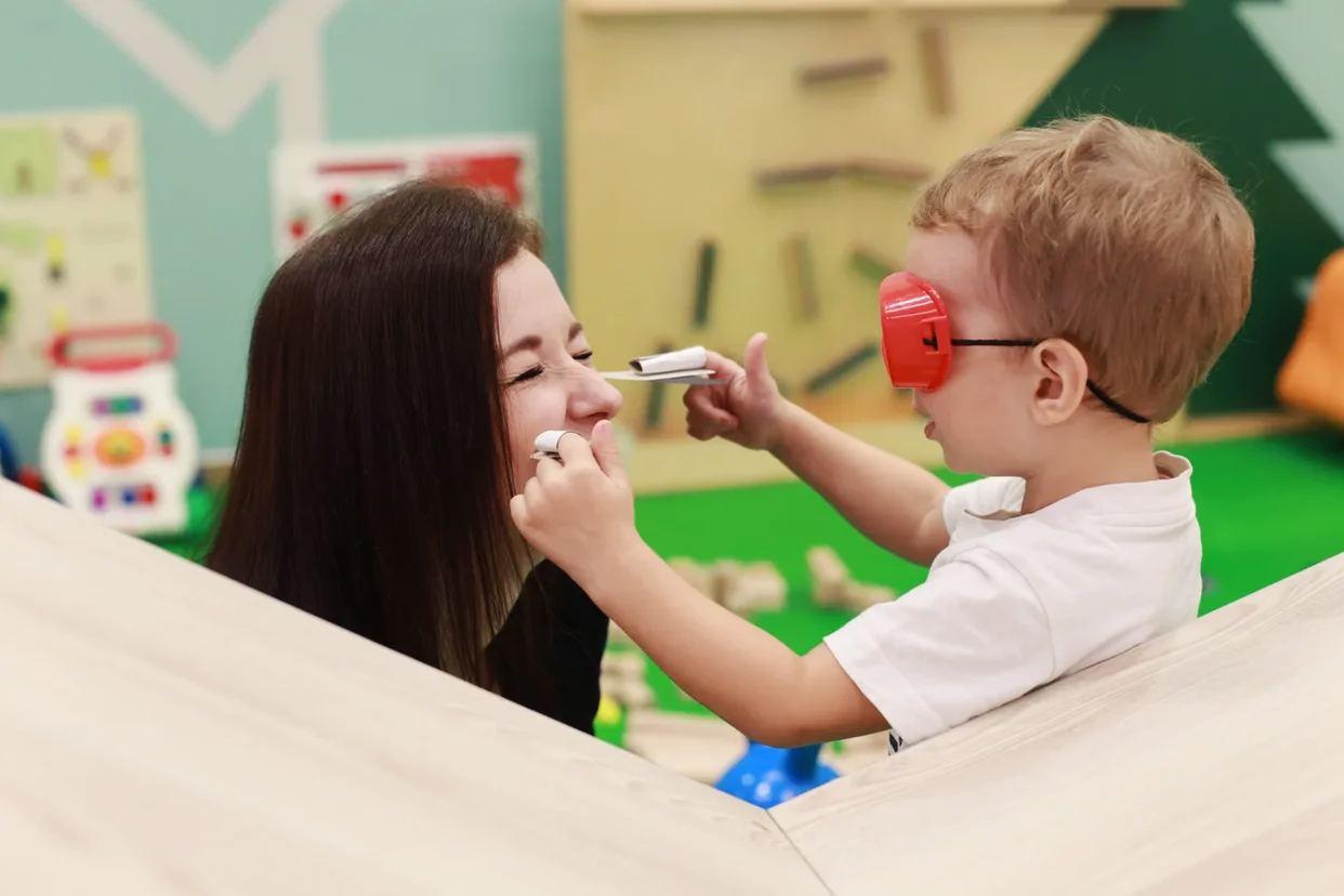 Коворкинг Work&Play. Место, где можно оставаться заботливыми родителями и расти профессионально